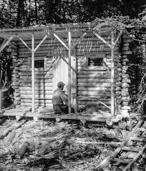 Jack-Young-log-cabin